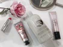 Staging products