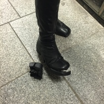 My friend's boot broke