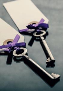 Wedding Seating cards wih keys